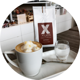 At our points of sale you can take the & <i> best coffee </i> of origin in the &  <b> world </b>, as well as buy our pounds of coffee and the &  <i> best & </i> <i> preparation methods </i>.